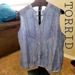 TORRID Polka Dot Sleeveless Button Down Blouse